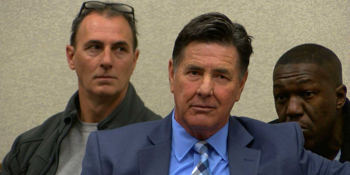 Mark Handy: Embattled former detective invokes Fifth Amendment in 1992 murder case