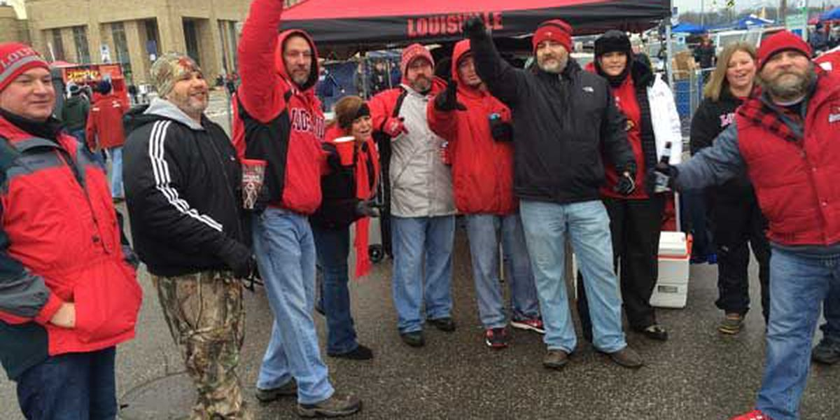 TAILGATING IMAGES: Scenes from Notre Dame