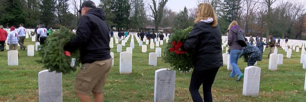 2,500 wreaths laid in Louisville to honor veterans during holidays