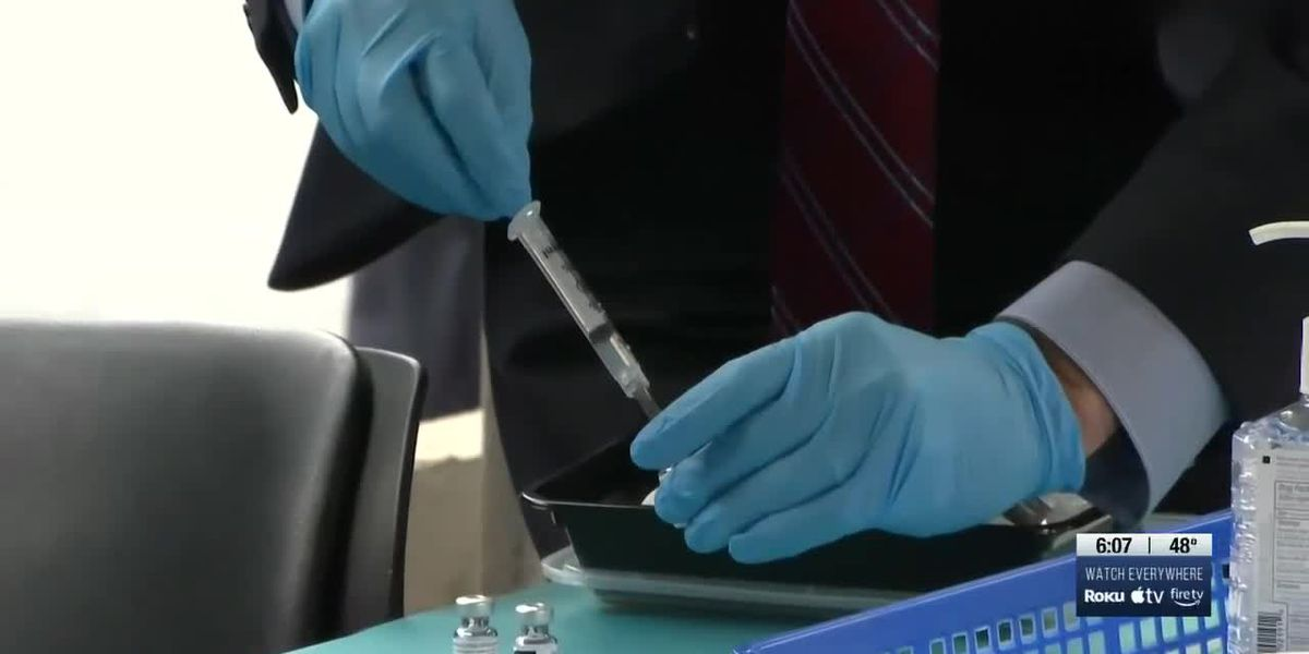 People in Indiana 55 and older, high-risk patients eligible to sign up for COVID-19 vaccine