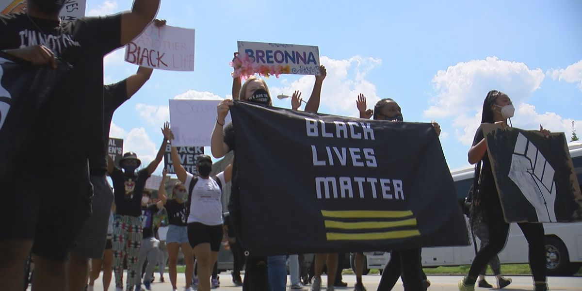 'Good Trouble Ride': Protesters from Atlanta travel to Louisville to demand justice for Breonna Taylor