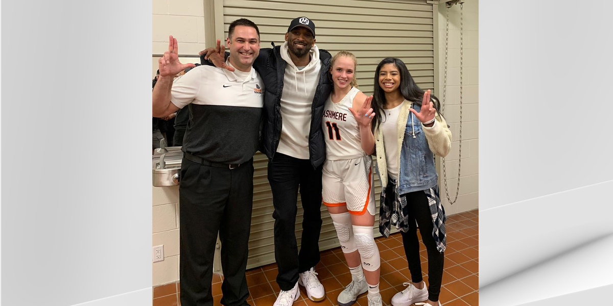 Kobe Bryant throws L's up in visit with UofL women's basketball commit Hailey Van Lith