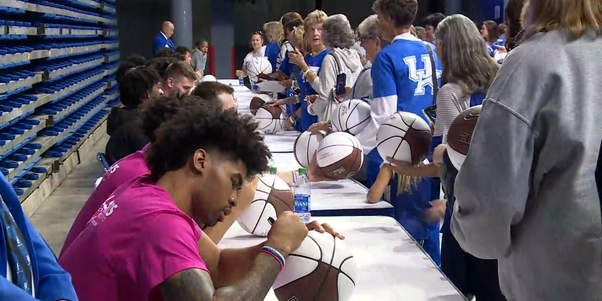 University of Kentucky holds 11th annual Women's Clinic
