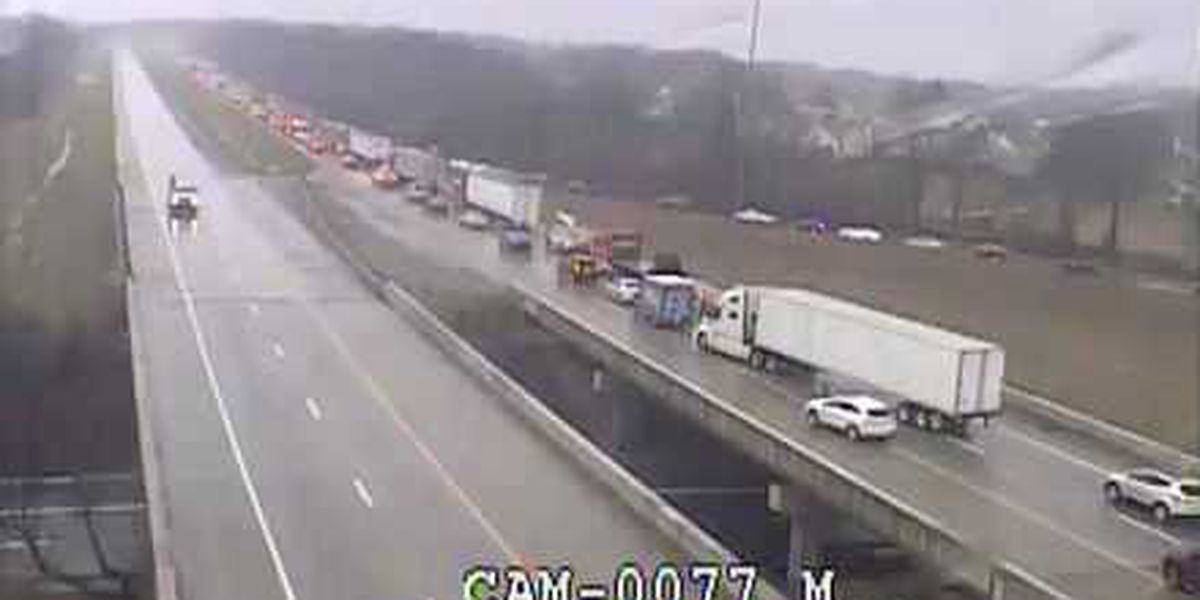 One person injured in rollover crash on I-265 near Westport Road
