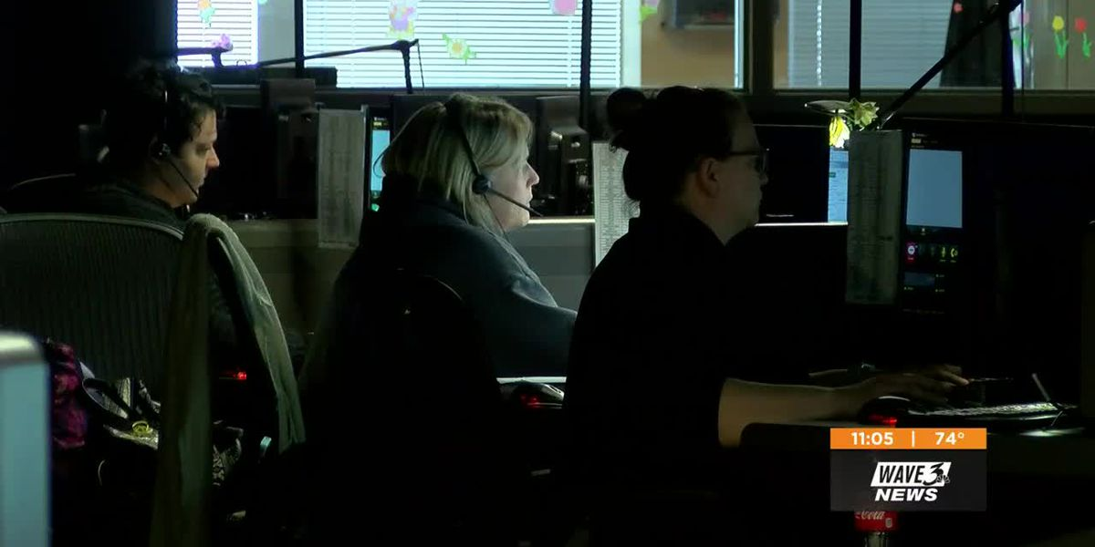 Louisville 911 operators honored during National Public Safety Telecommunicators Week