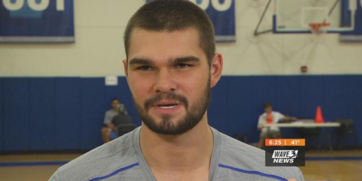 UK's Humphries turns pro, will sign with an agent
