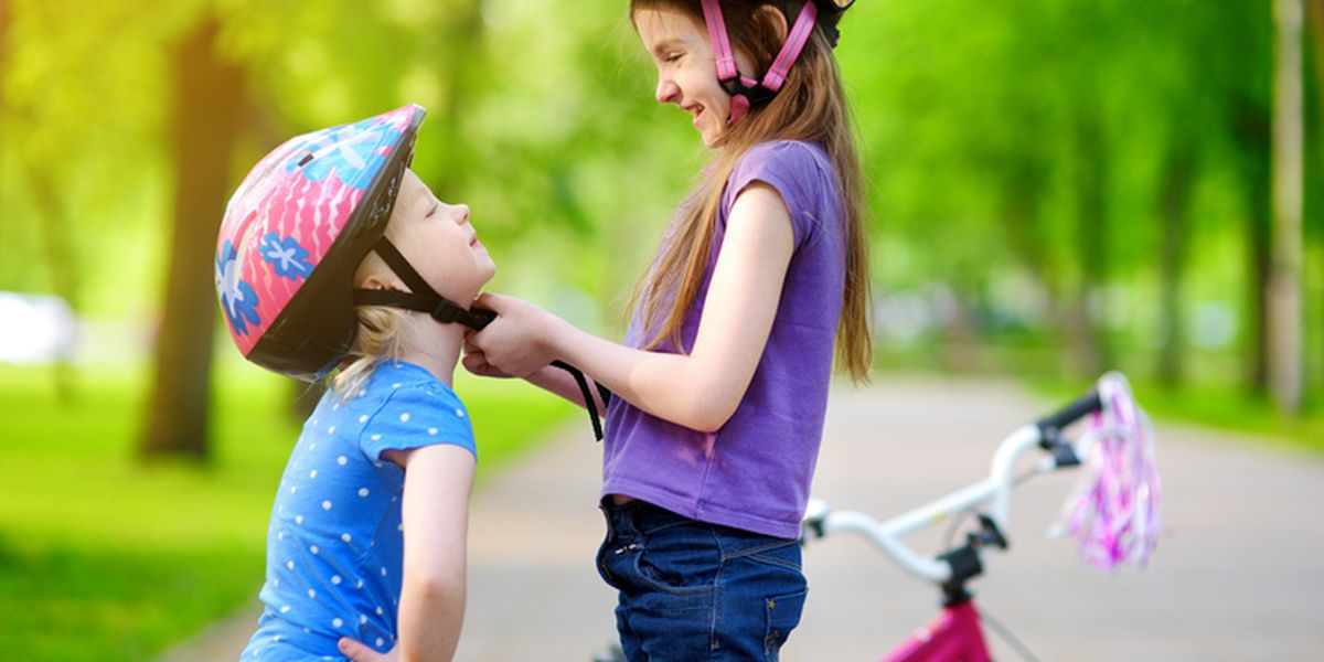 Report: Some parents admit their children never wear bicycle helmets