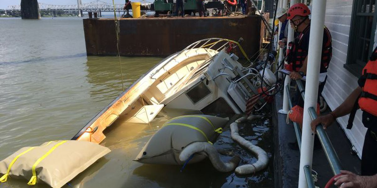 Report reveals details about sunken Louisville Fire and Rescue boat