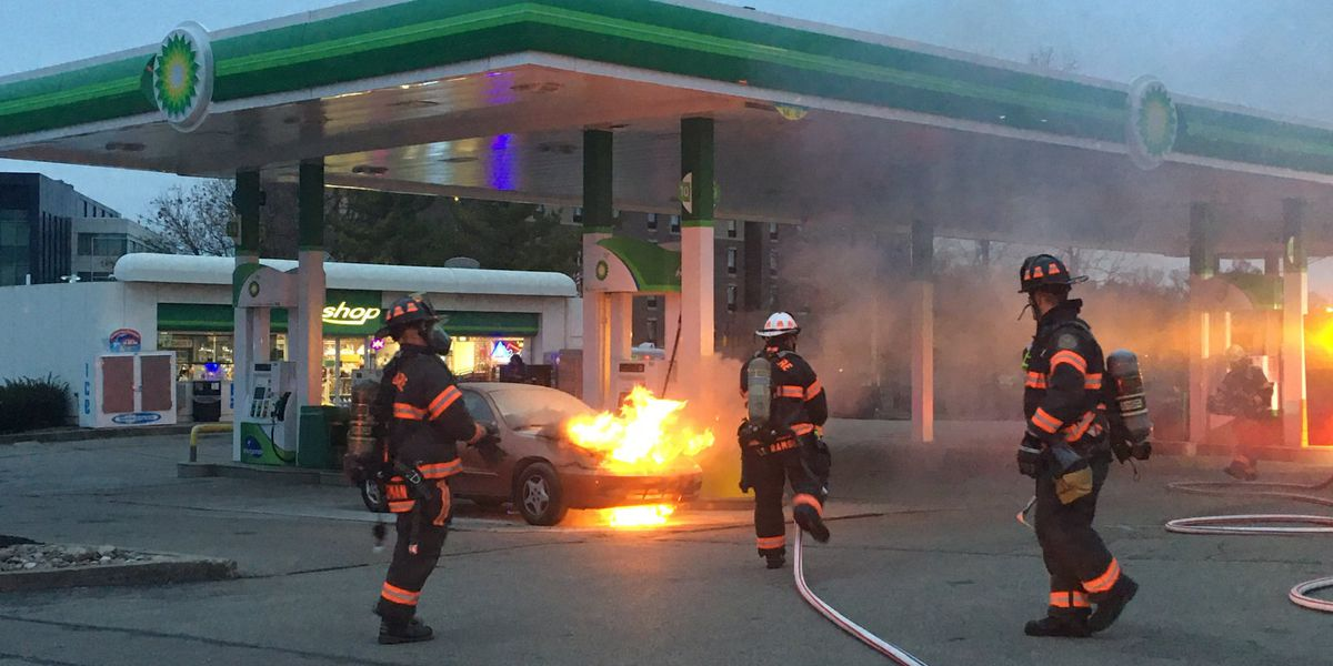 Car catches fire at Sycamore Township gas station