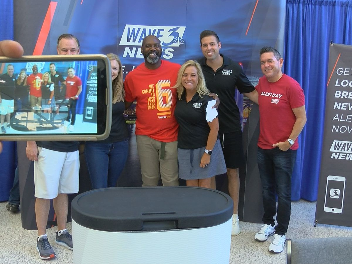 WAVE 3 News Day at the Fair brings out dozens of WAVE Country viewers