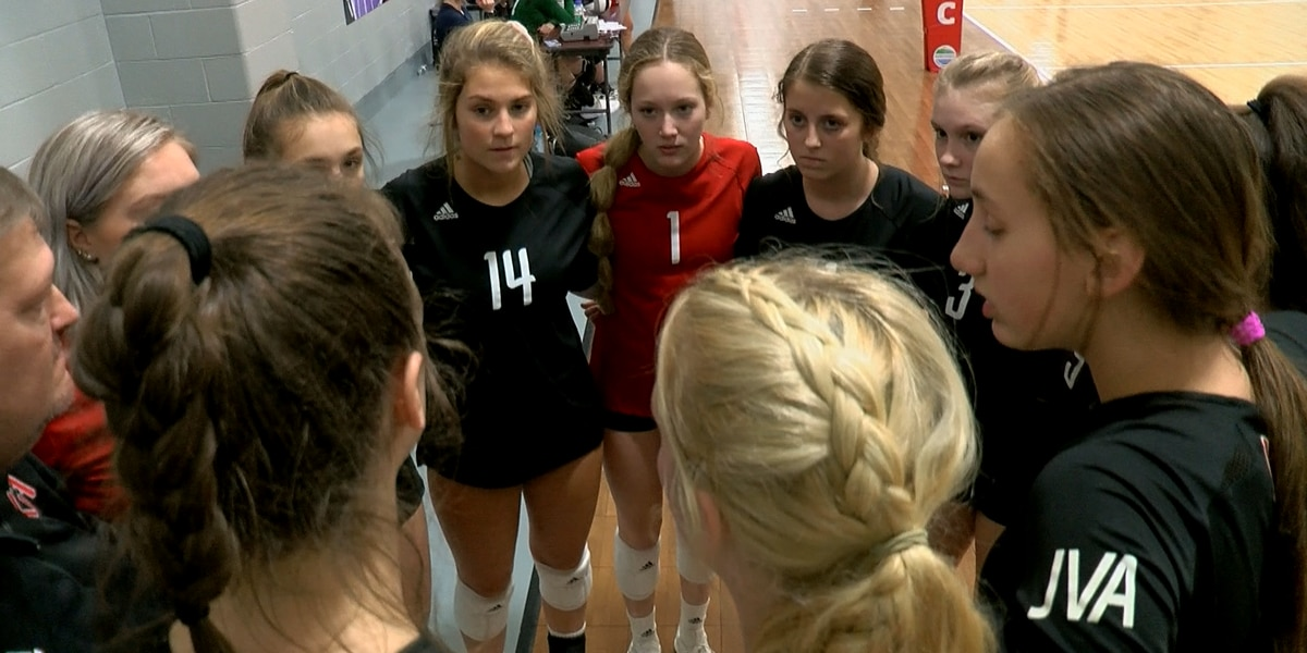 Local youth volleyball community rallying around families of Missouri crash victims