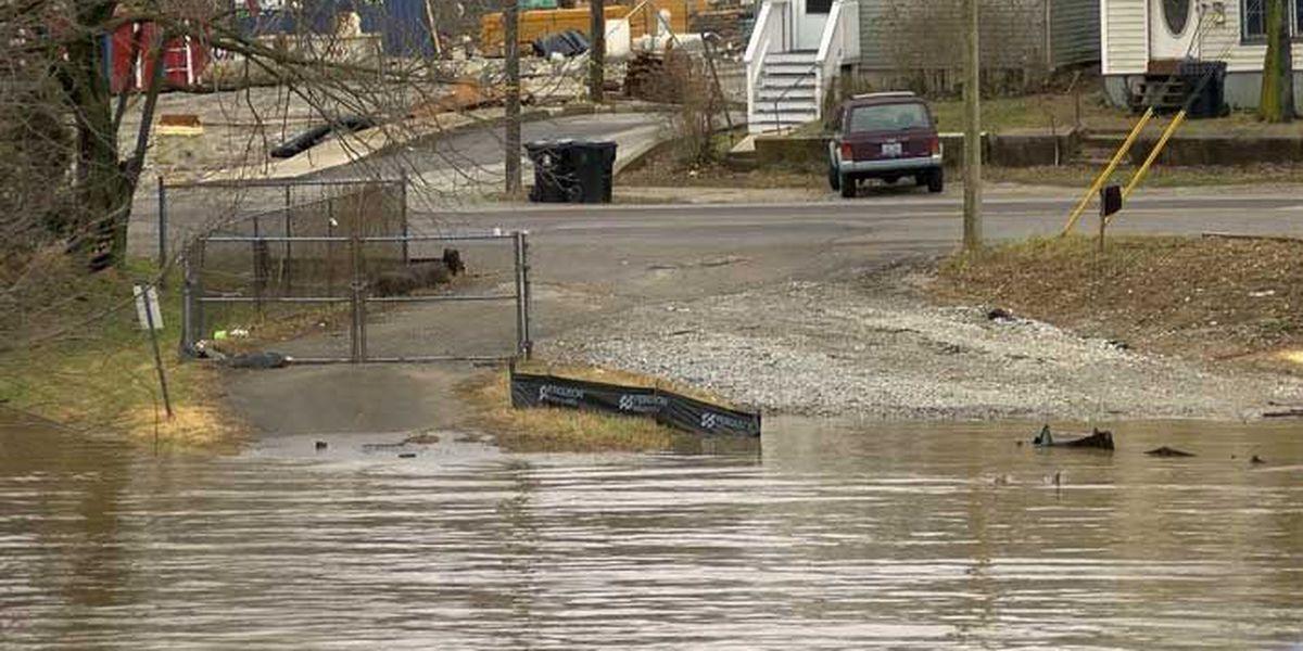 MSD prepares to install flood gates as flooding worsens