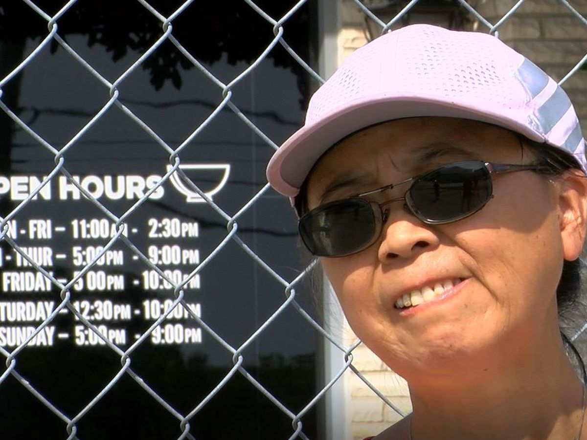Business owners say landlord won't respond as they wait for condemned St. Matthews shopping center to reopen