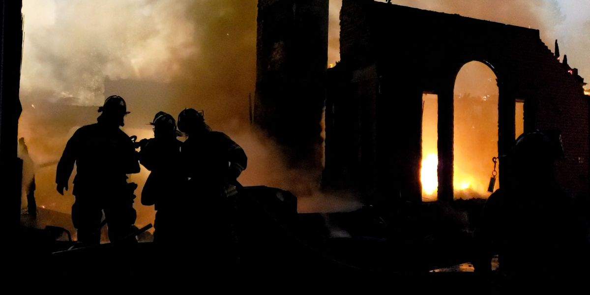 Home catches fire in Floyds Knobs