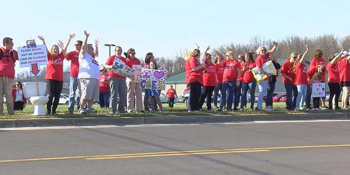 Bullitt County Public Schools out Friday, parents hope for alternative