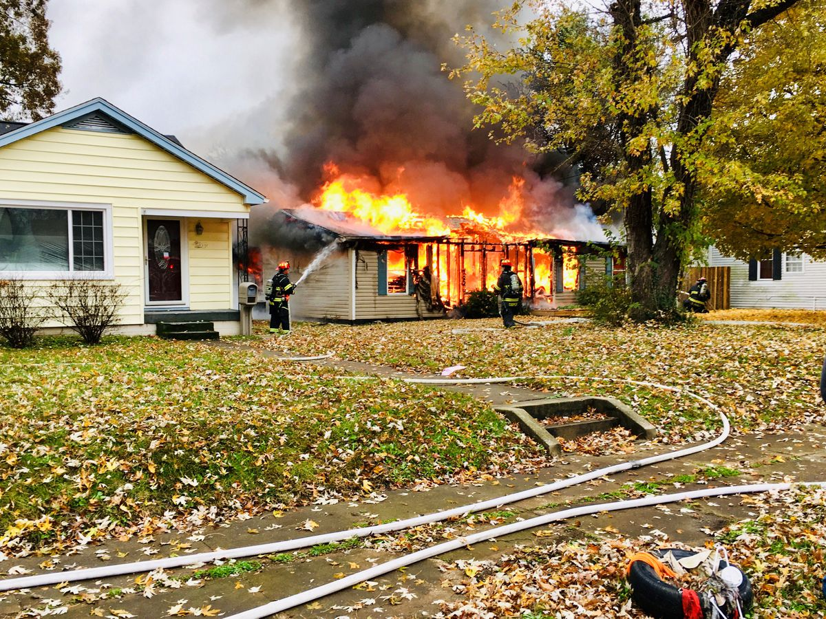 1 hospitalized following Jeffersonville house fire