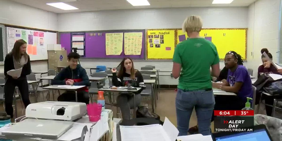 Teacher sickout doesn't stop the learning at Southern High School