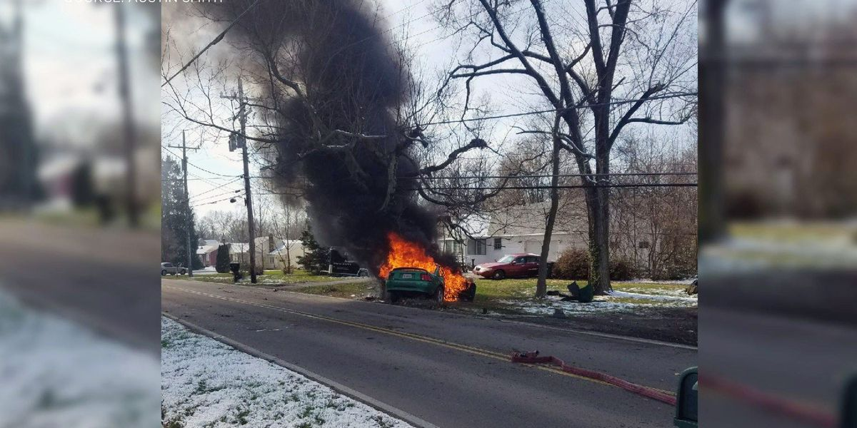Good Samaritan helps save Jeffersonville driver from fiery crash