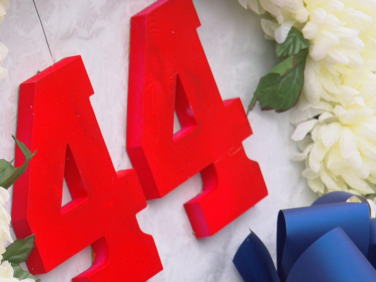 Hank Aaron memorial wreath laying