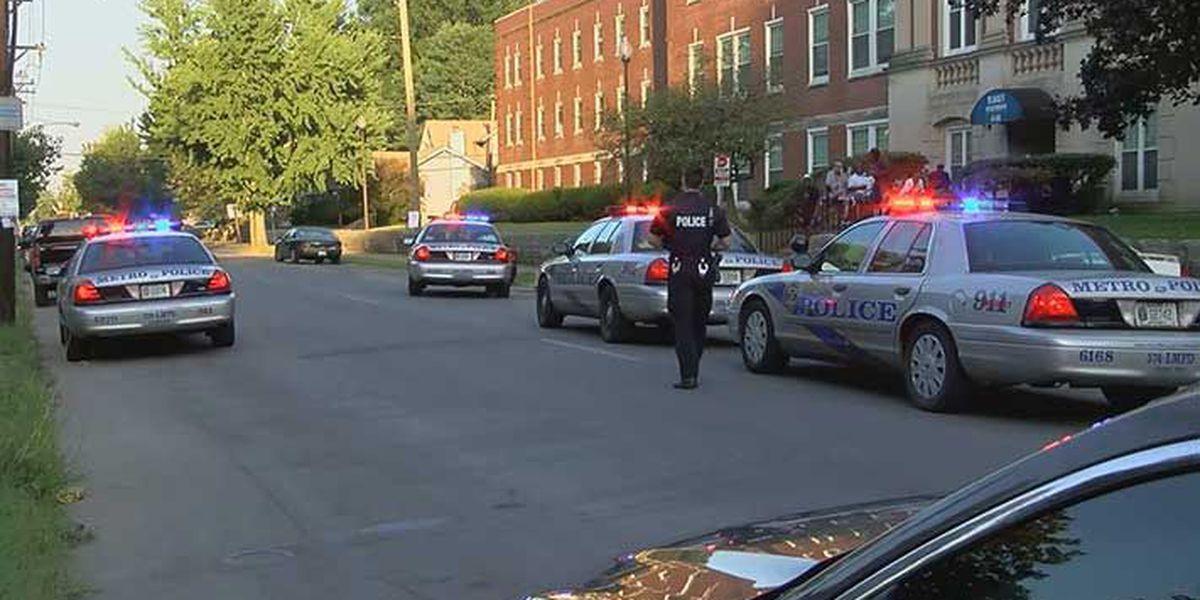 LMPD investigating 2 shootings just minutes, blocks apart in Shawnee