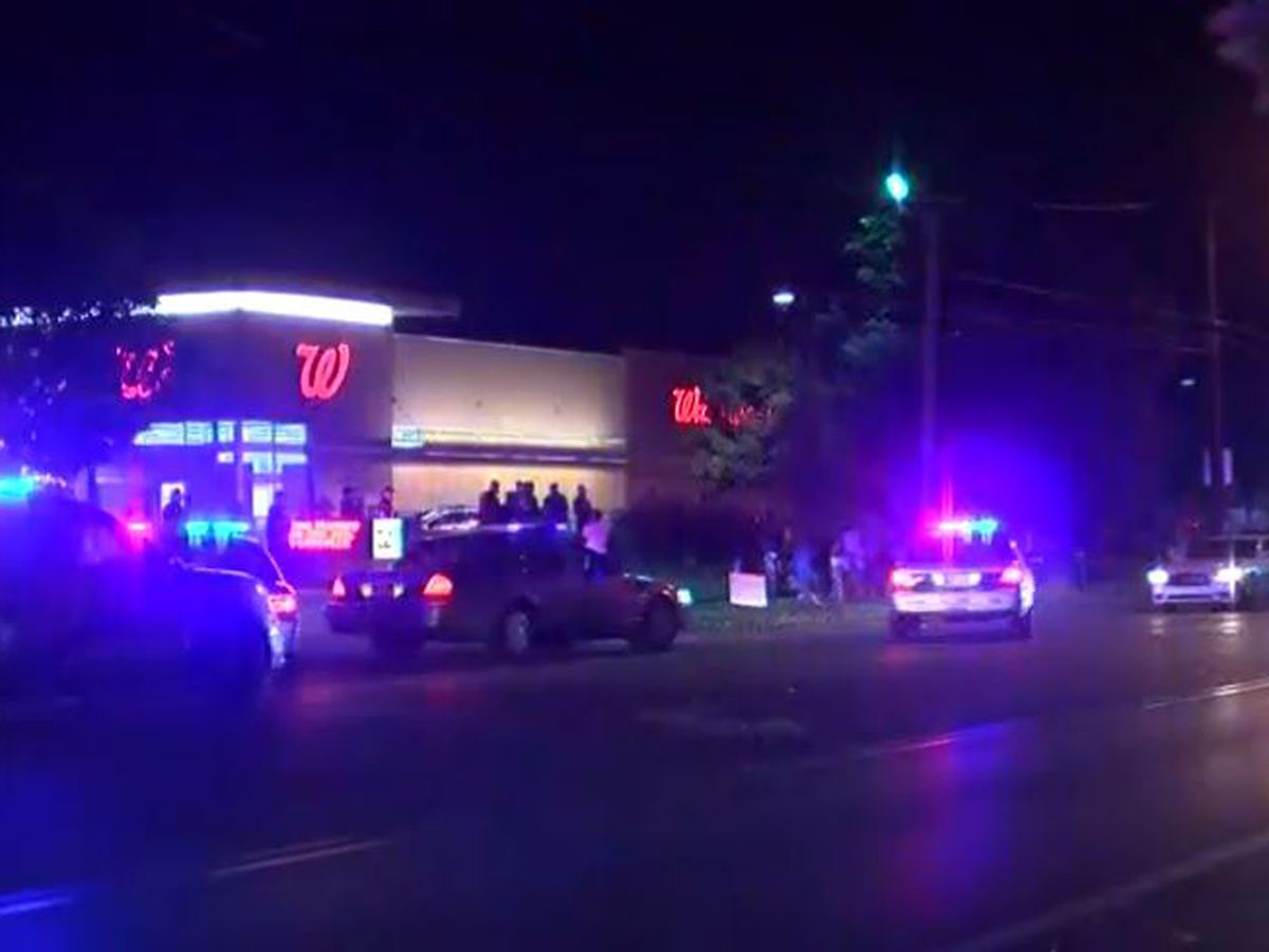 LMPD investigating break-in at Walgreens