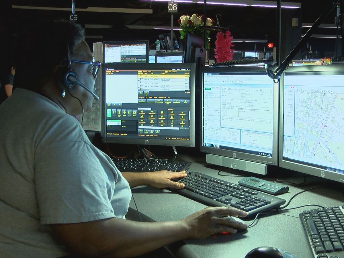911 operators honored during National Public Safety Telecommunicators Week