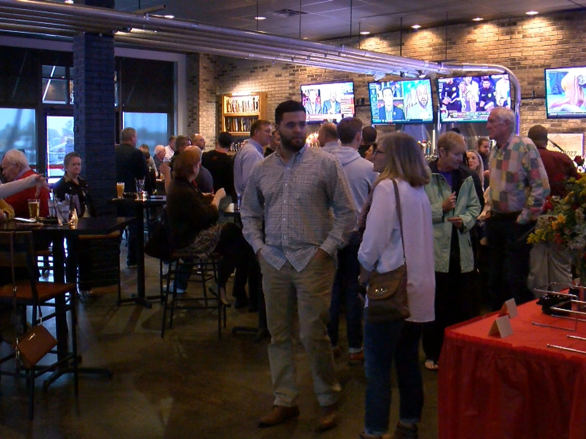 Boombozz is back in Jeffersonville after new remodel