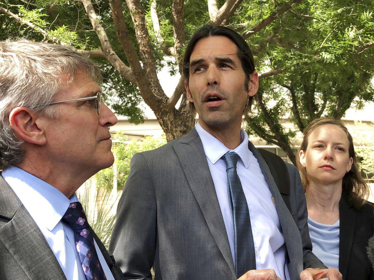 Arizona border activist acquitted of harboring immigrants