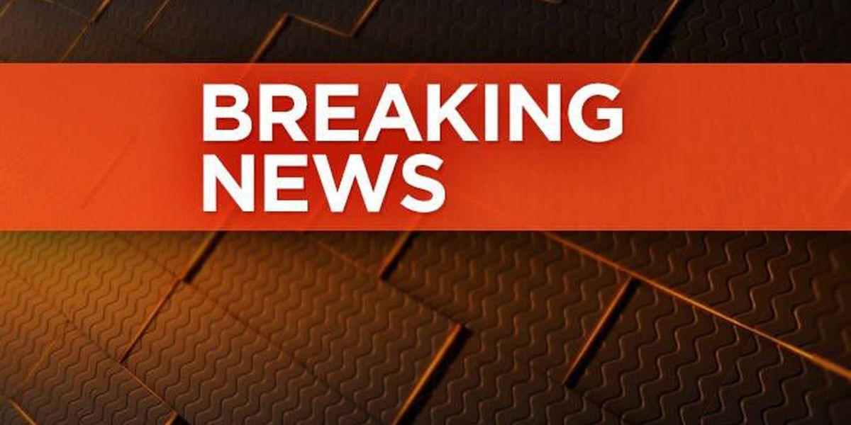 2 stabbed at Louisville Golden Corral restaurant