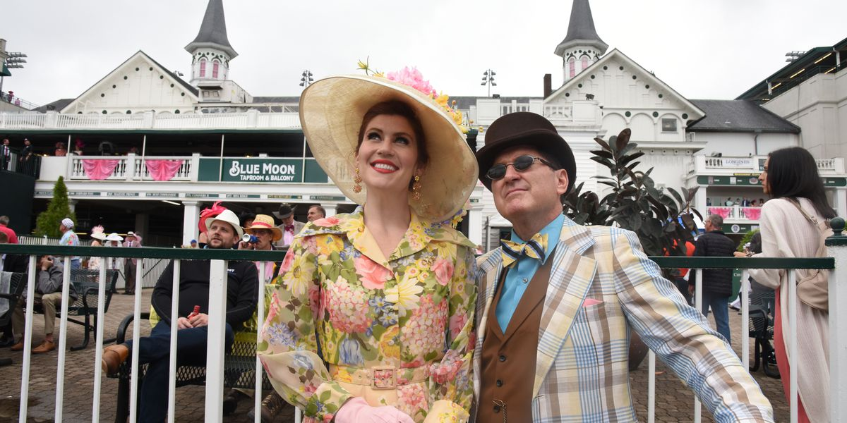 VIDEO: Oaks Day sights at Churchill Downs