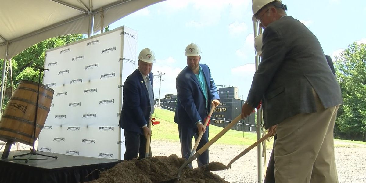 Eighth-generation distiller names new Jim Beam operation in Bullitt Co. after father