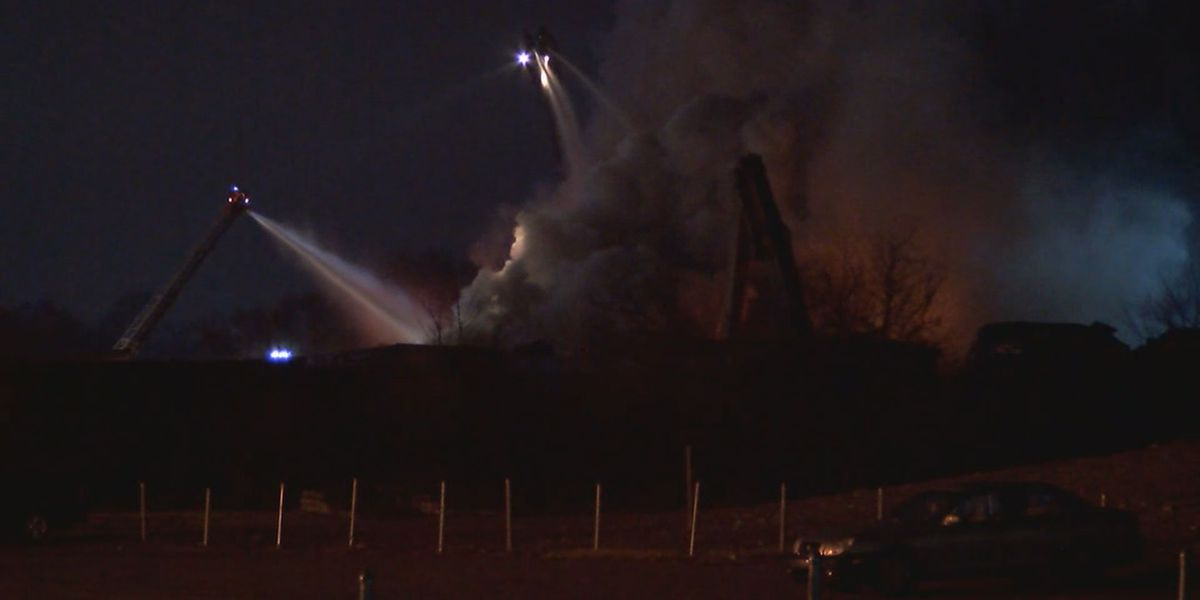 Recycling plant catches fire