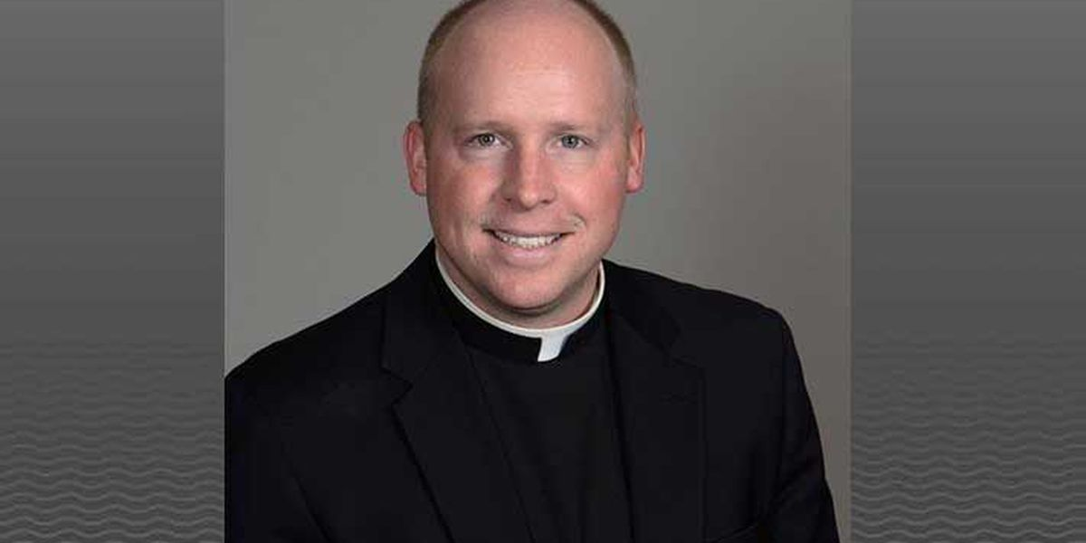 Louisville priest on retreat after inappropriate relationship