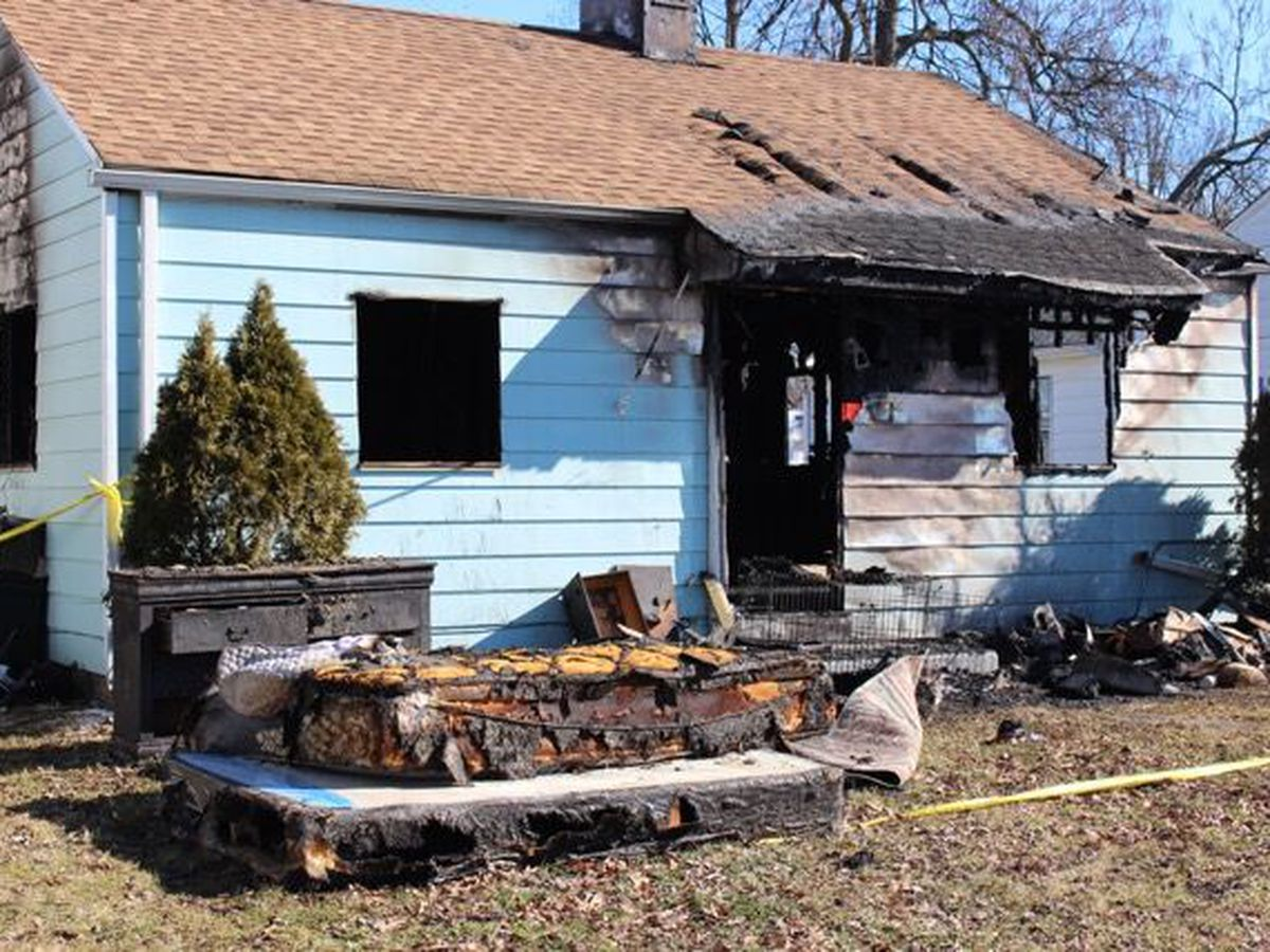 Jeffersonville house fire claims one life, injures another