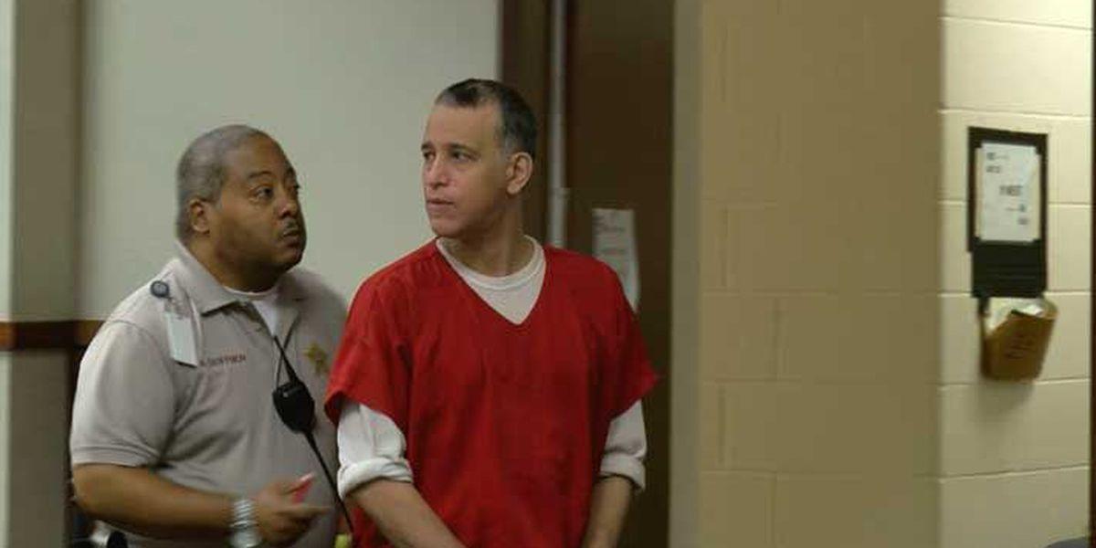 Triple murder suspect causes Louisville courtroom scuffle