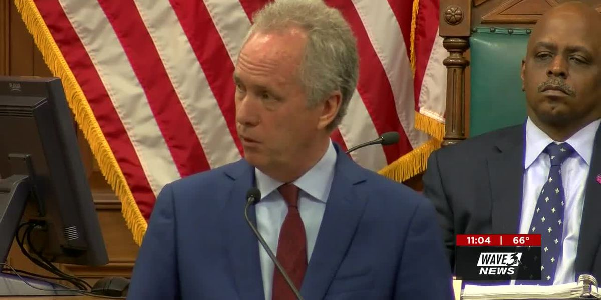 Fischer lays out plan to fix $32M budget shortfall, cutting public safety, jobs