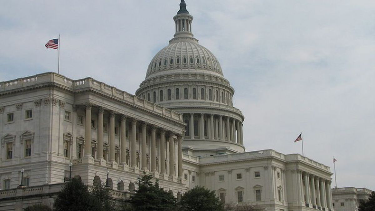 In bipartisan act, Senate passes criminal justice reform bill with overwhelming support