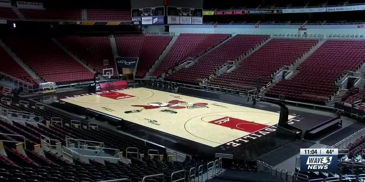 Reduced capacity, safety protocols in place at KFC! Yum Center for UofL basketball