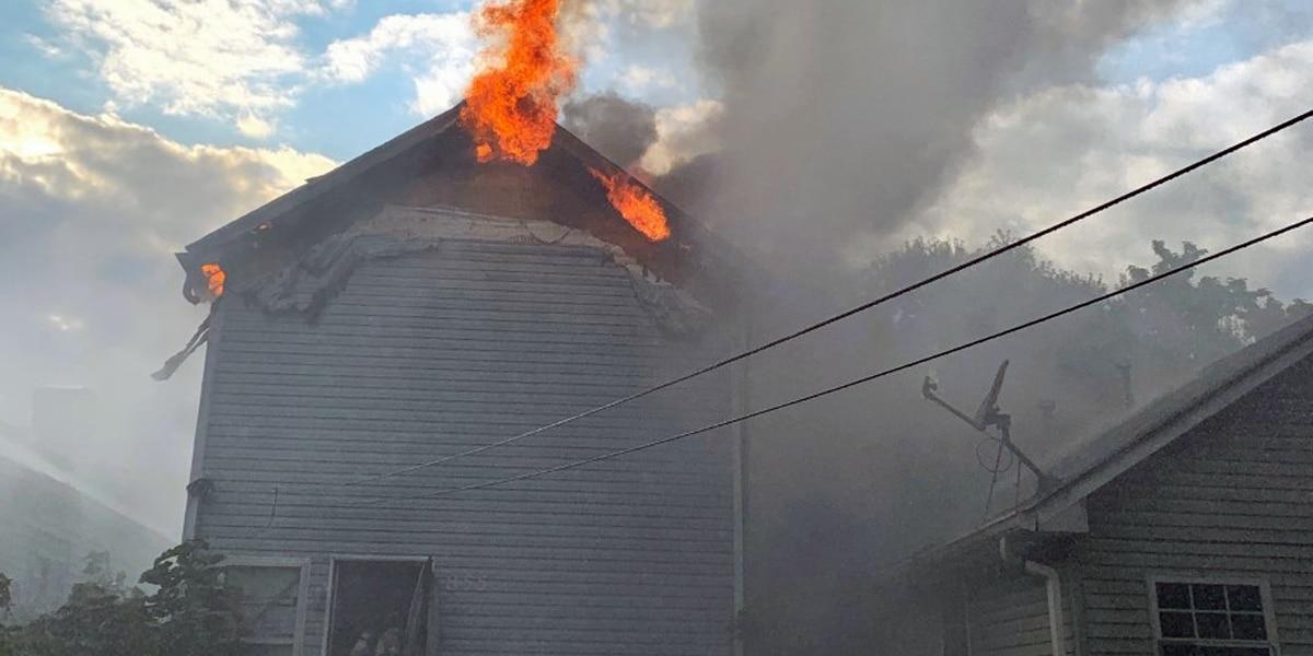 2 Louisville homes damaged in fire on 23rd Street