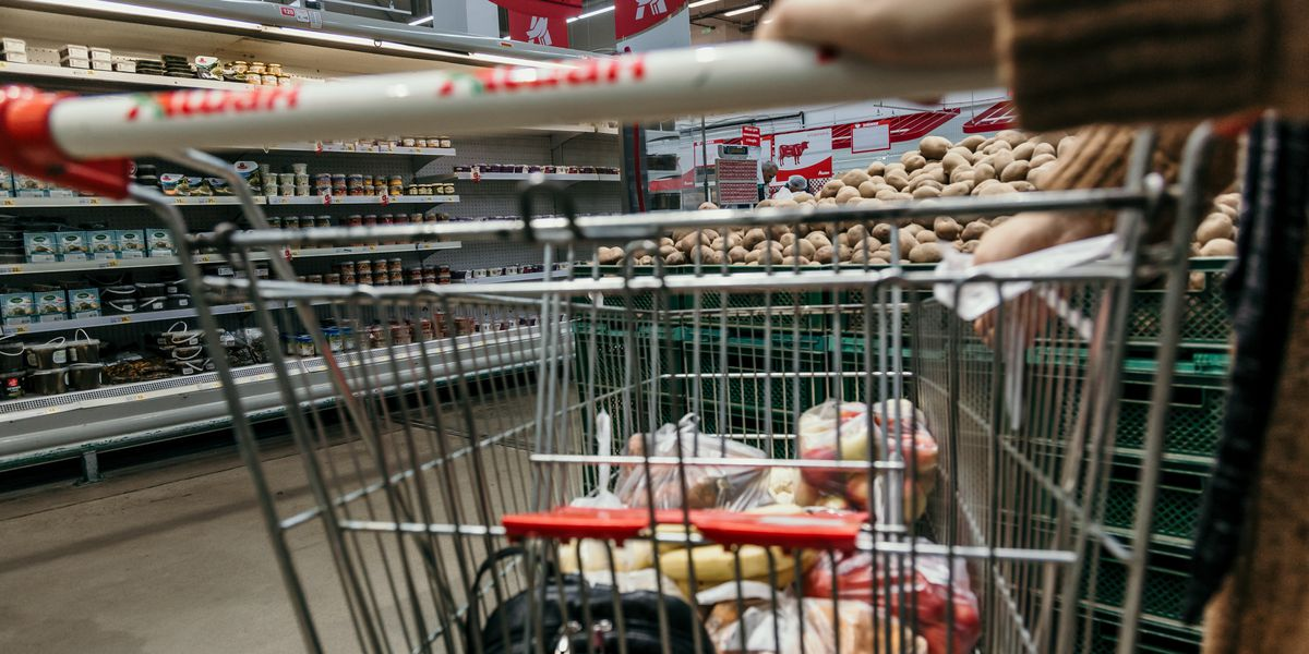 Study says high rate of symptomless COVID-19 infection among grocery store workers