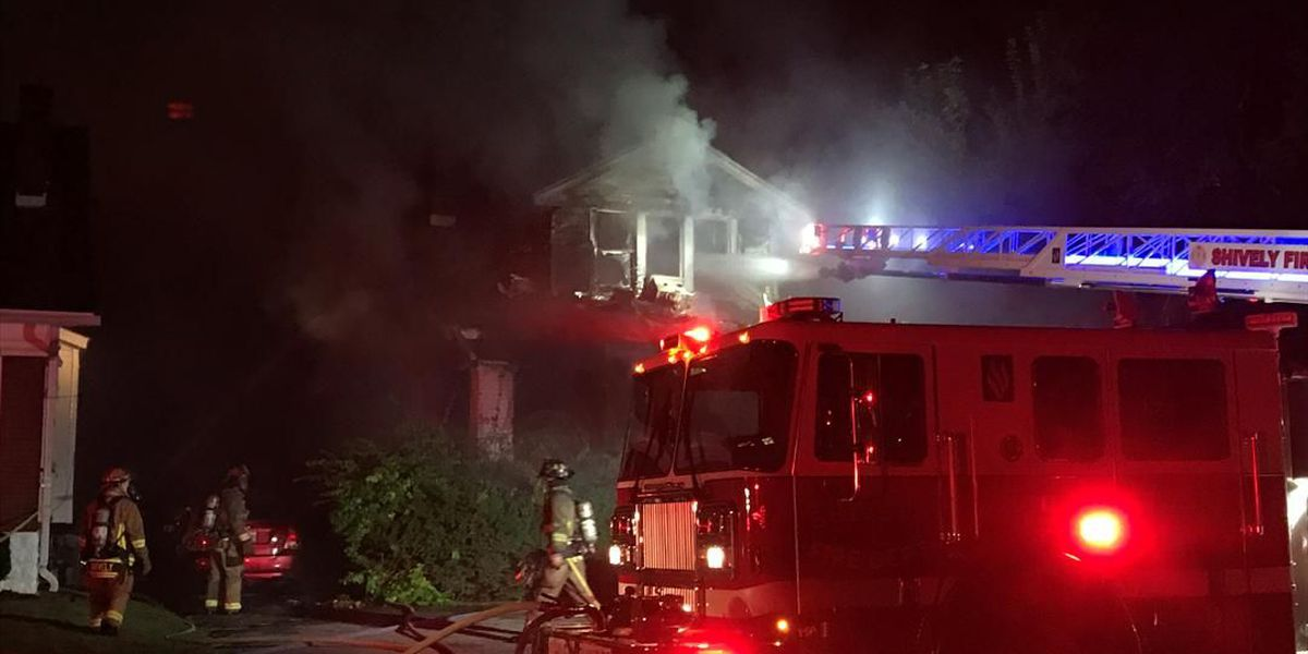 3 escape overnight house fire in Shively