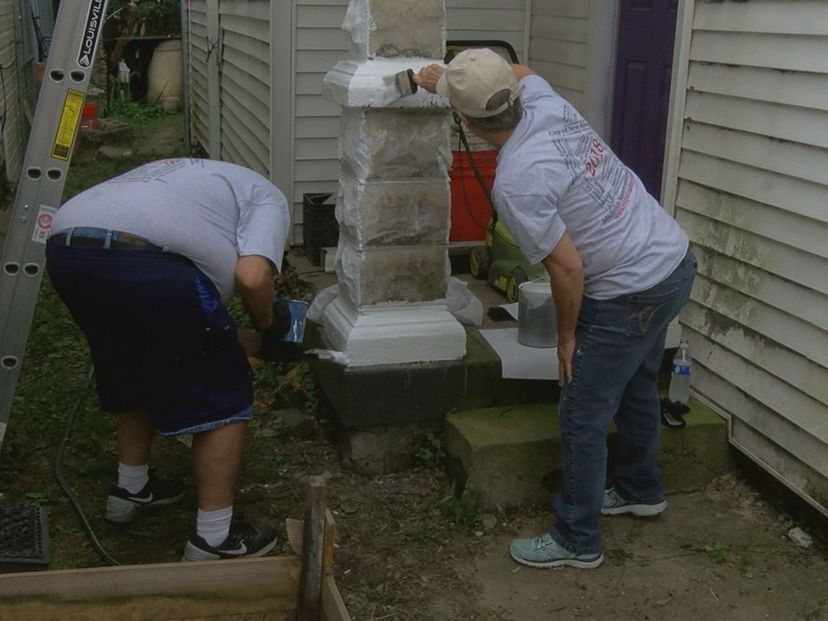Repair Affair blitz volunteers help Louisville residents