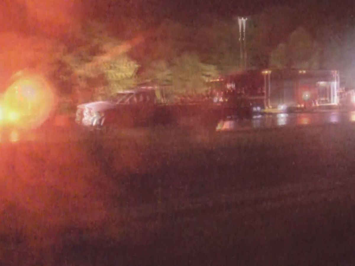1 killed in wreck on I-265 E in Floyd County
