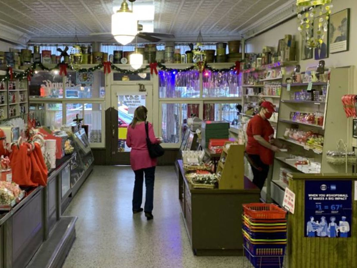 As coronavirus threatens to steal Christmas, small businesses find glimmer of hope online
