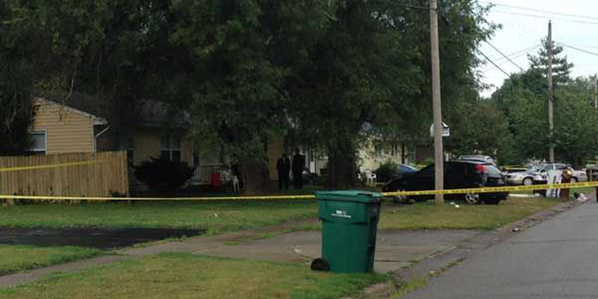 LMPD: Victim, suspect in home invasion shot and killed each other