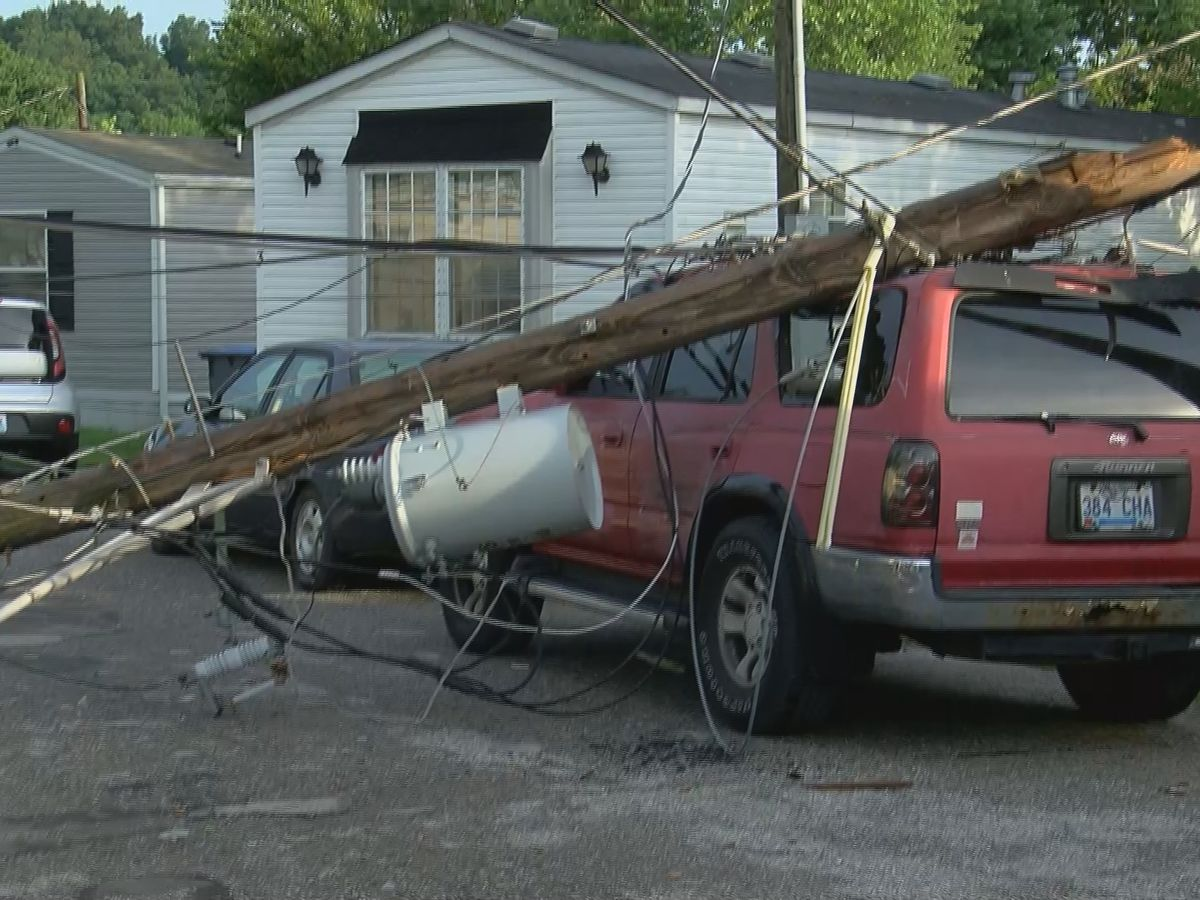 Severe storms barrel through Jefferson County, dozens dealing with damage
