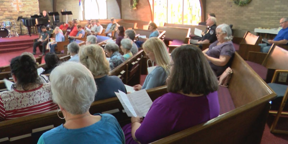 Jeffersonville churches offer prayers, support after traumatic weekend
