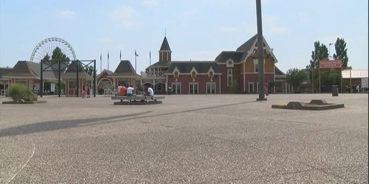 Kentucky Kingdom officials say entire park is open to nursing mothers
