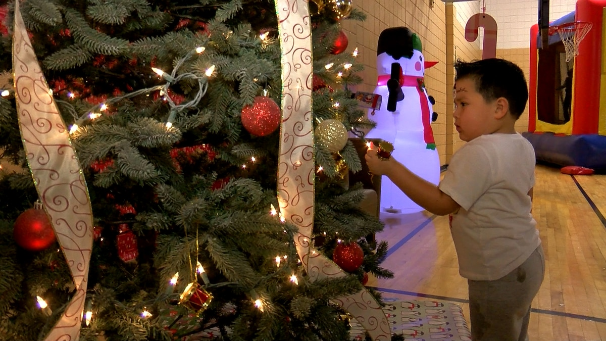 Sensory Christmas party gives guests holiday fun without being overwhelmed