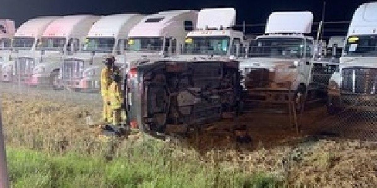 I-65 rollover crash kills New Albany man